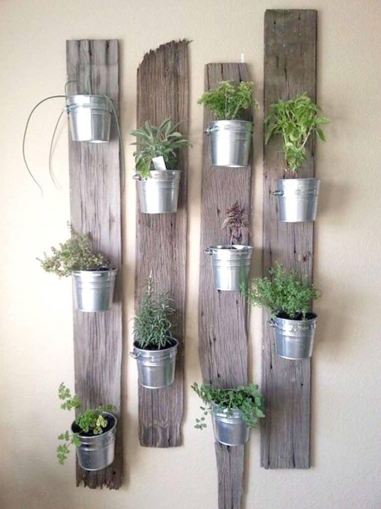 Verticale planken houders voor je potten