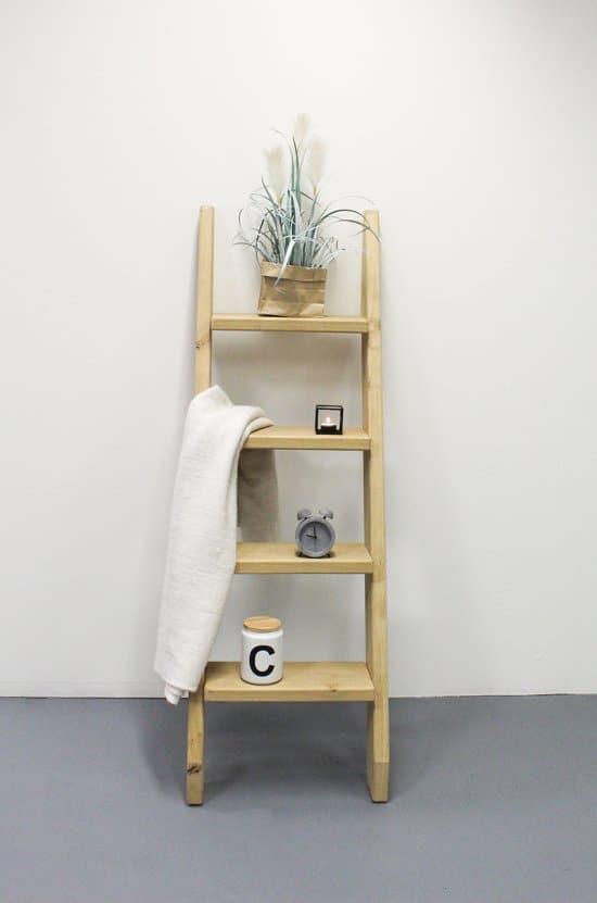 decoratietrap-van-hout-voor-je-planten