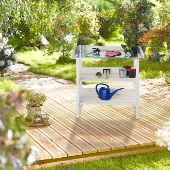 Beste witte oppottafel in de tuin